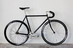 brotherfrance.jpg (1600×1067) #silver #bike #fixie #black