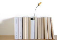 Hanabunko flower vase #flower #vase #books