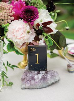 tablenumber #setting #fancy #black #elegant #number #gold #foil #outdoor #table #velvet