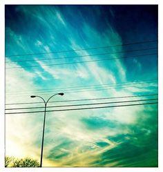 Minneapolis : Matt Travaille : Graphic Design | Minneapolis #clouds #sky #dusk #travaille #minneapolis #sunset #skyline