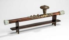 Opium pipe with Jademundstück, stoneware pipe-head and opium scale