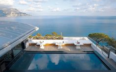 Villa O a splendid destination of French Riviera / www.homeworlddesign.com #french #villa #riviera