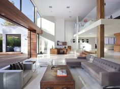 1060 Woodland Drive in Beverly Hills #white #modern #clean #wood #architecture