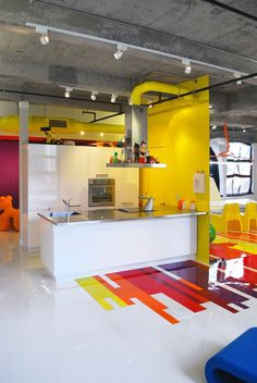 Contemporary Art Collector's Dynamic Colorful Loft | Freshome #interior #design #color #furniture #kitchen #art