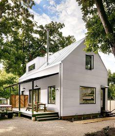Wall House – a Modern Farmhouse with Energy-Efficient Design