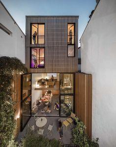 Casa em Paris Mohammed Omais Olivia Gomes