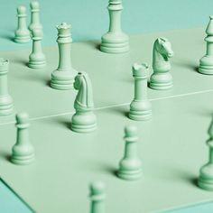 monochromatic turquoise chess