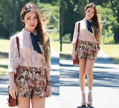 Romwe Blouse, Romwe Floral Shorts, Jeffrey Campbell Lita Boots #fashion #photography #woman
