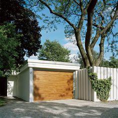 Atrium House by BFS Design image10 #garage