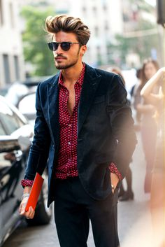 vogue flair:message me if you're 100% street style, need more blogs to follow! #blue #red #blazer