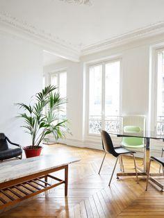 Parisian living space. Chemin Vert by Septembre. © David Foessel. #livingroom #herringbonefloor