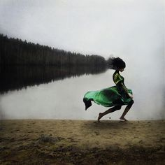 Kylli Sparres Surreal Conceptual Photography Influenced by Dance #conceptual #concept #conceptualart