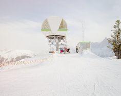 skis, piste, minimal, white, skiers, snow, white, graphic, landscape, ski lift, #white #ski #graphic #snow #lift #landscape #piste #minimal #skis #skiers
