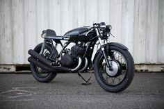 S1-04-sm_1.jpg (1000×667) #bike #black #vintage #motorcycle