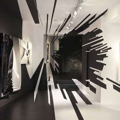 Galerie Gmurzynska Zurich Photos 1 - Wormhole Illusion Walls pictures, photos, images #room #white #black #and