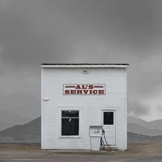 ABANDOND PLACES BY ED FREEMAN - follow dailyinspiration