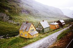 this isn't happiness™ photo caption contains external link #houses #photo #mountain #nature