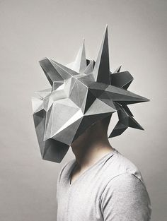 tumblr_mz4lqcvZ3B1qgiw5to1_500.jpg (500×664) #geometry #head #portrait #polygons #man