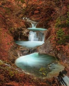 Colorful Autumn in Japan: Landscape Photography by Daisuke Uematsu
