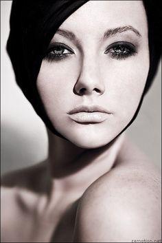portrait #portrait #woman #black and white