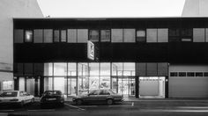 MALEK HERBST Architekten #white #black #building #architecture #cars #malek #and #herbst