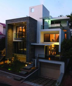 NESTED BOX HOUSE