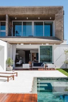 Santa Maria House / Lineastudio Arquiteturas 2