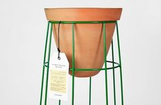 First Object on the Behance Network #wireframe #planter #clay #casa bosques #jde