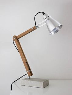 DIY industrial style wooden desk lamp #lamp