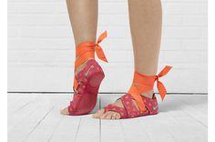 Nike Studio Wrap Pack #strip #woman #shoe #foot