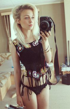 systemofadowny:oh right #blond #bikini