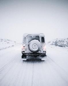 Creative and Minimalist Adventure Photography by Antoine Janssens
