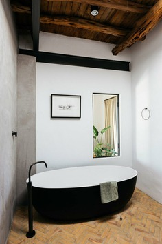 bathroom / Ibiza Interiors