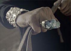 tumblr_lhtapz9v7M1qc09iz.jpg 500×364 pixels #jewelry #hand