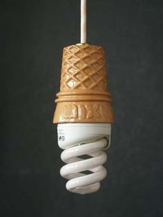 ice-cream-fluorescent-light-bulb-whippy.jpg (384×512) #inspiration #idea #lightbulb