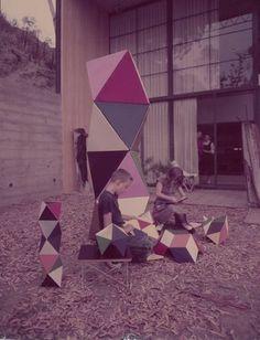tumblr_lc282eDyzY1qaipcso1_500.jpg (JPEG Image, 500x654 pixels) #toys #design #product #architecture #eames