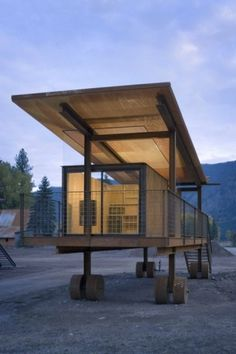 WANKEN - The Blog of Shelby White » Rolling Huts #steel #architects #rolling #architecture #olson #hut #kundig