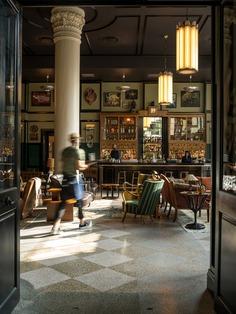 bar, restaurant / EskewDumezRipple