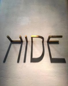 #hide #letters #shadow