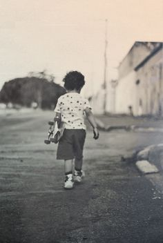 All sizes | Livre | Flickr - Photo Sharing! #kid #retro #photography #skate #skateboard