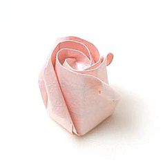 How to make a standard origami rose paper flower (http://www.origami-flower.org/howto-origami-rose.php) #origami #rose #origamirose