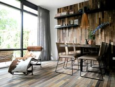 Dining Room Wall Decor Ideas #diningroom #table #chairs #wall #decor