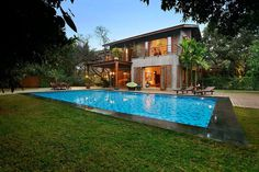 Indian Brick House with an Architectural Design Influenced by a Mango Trees Plantation 1