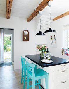 Уютная летняя резиденция на юге Швеции #interior #kitchen