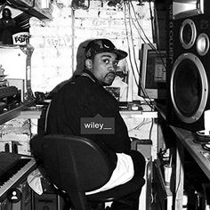 Wiley - Godfather, Studio Blup