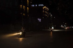 Before Midnight In Cambodia: Urban Photography by Konstantinos ZIlos