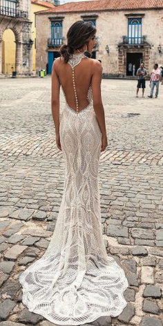 Wedding gowns with low back are perfect for a spring or summer wedding. Not only incredibly sexy, low back wedding dresses are very practical by not making you feel too hot.