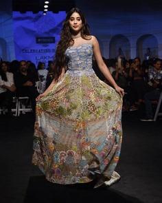 Lakme Fashion Week 2020 Janhvi Kapoor