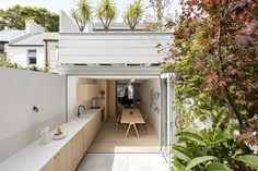 Surry Hills House by Benn & Penna Architects
