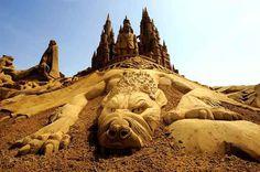Remarkable Sand Sculptures in Blankenberge #sculpture #sand #art